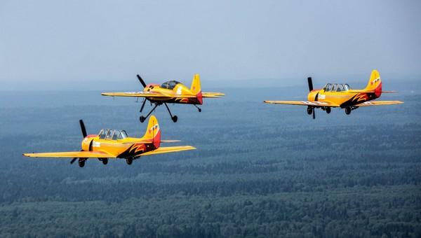 В небе над Серпуховом пилоты установили мировой рекорд