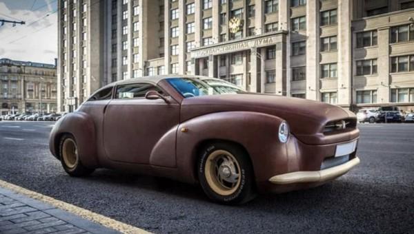 В столице продают автомобиль, полностью обтянутый кожей бизона