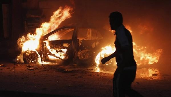 Из-за ссоры на автостоянке сжег пять машин