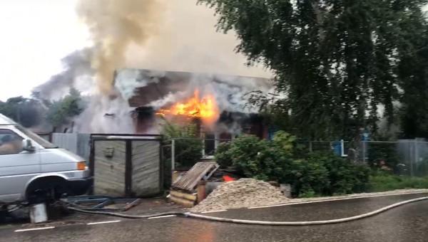 В Серпухове второй раз за несколько месяцев горел частный дом