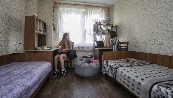 В общежитии столичного вуза у 43 студентов нашли коронавирус
