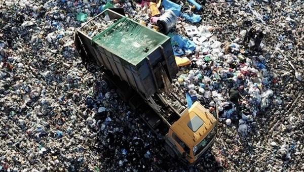 Активисты собираются подсчитать мусоровозы, едущие на «Лесную»