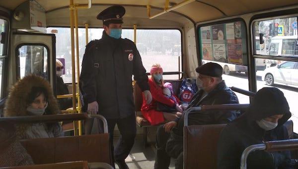 В Подмосковном транспорте начали штрафовать игнорирующих профилактику COVID-19