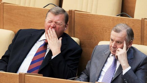 Врач: почти половина депутатов Госдумы имеет лишний вес