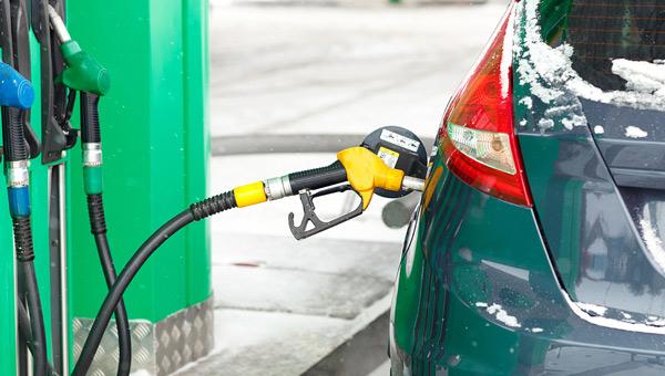 Год начался с подорожания бензина