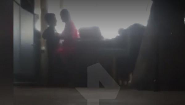 «Учителя года» заподозрили в интимной связи с учеником