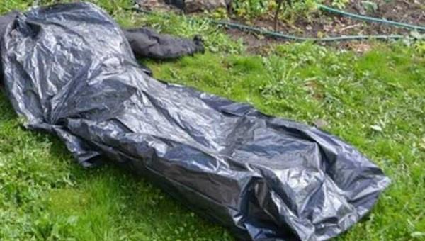 В Подмосковье нашли тело молодой женщины со следами удушения и синяками по всему телу