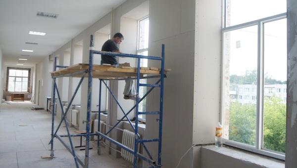 Два десятка школ и детсадов отремонтируют в Серпухове