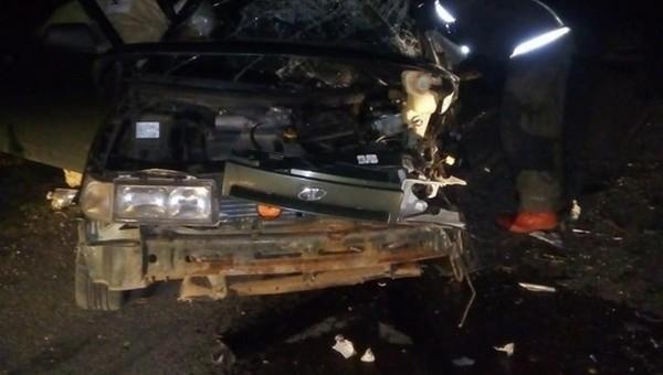 В Тарусе две машины разнесло в щепки