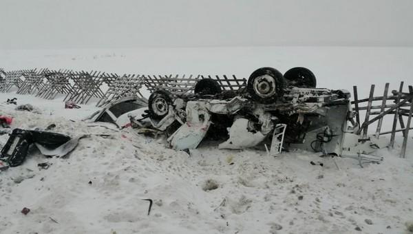 Женщина в родах и фельдшер погибли в страшной аварии