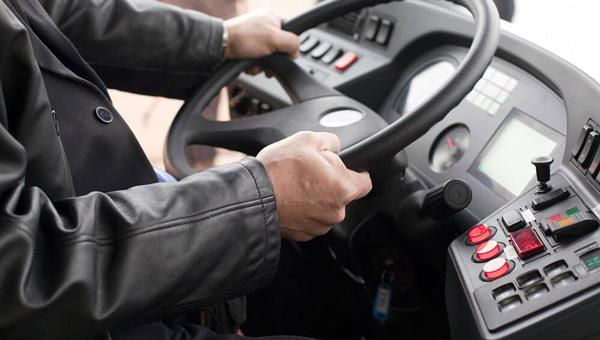«Автобусы встают на колени»: кризис в «Мострансавто» назрел нешуточный
