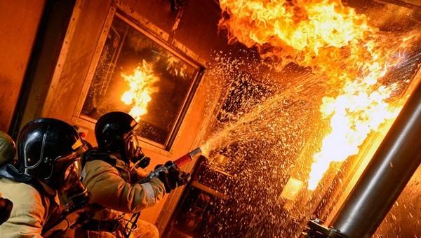 В поселке под Серпуховом вспыхнула квартира