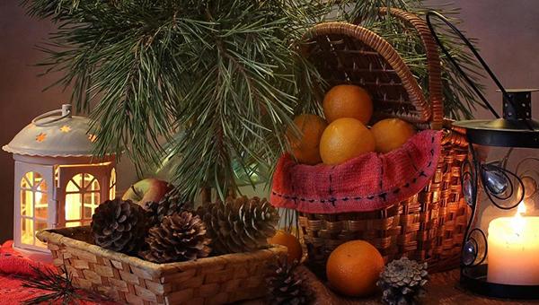 Новогоднее настроение: как создать праздничную атмосферу с помощью декора
