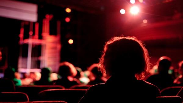 Билеты в театры столицы теперь не приобрести просто так