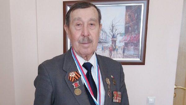 Пенсионер из Серпухова вошел в ТОП-10 тяжелоатлетов России и теперь едет в Америку