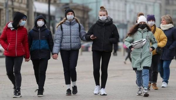 В Подмосковье вновь продлевают ограничения по коронавирусу