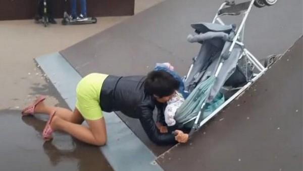 Пьяная мать едва не убила грудного ребенка в скейт-парке
