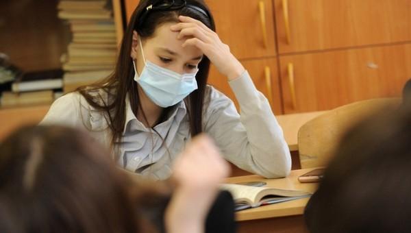 Обязательно ли надевать на ЕГЭ маску и перчатки?