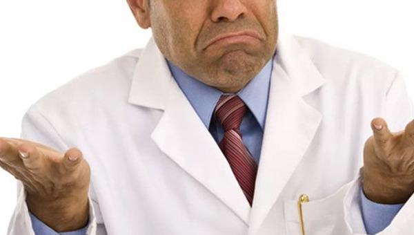 Госдума приняла закон, который позволяет ОТКАЗАТЬ пациенту в медицинской помощи