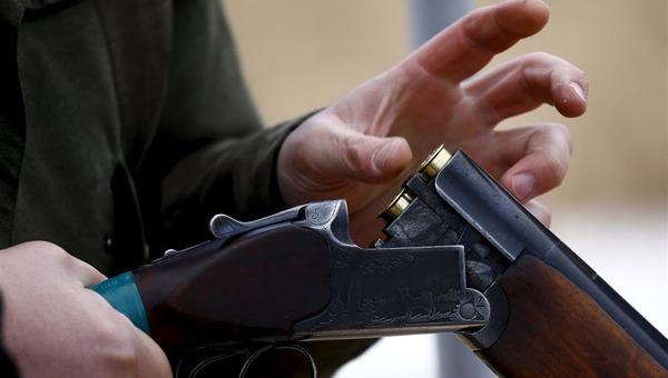 18-летний парень расстрелял людей на остановке