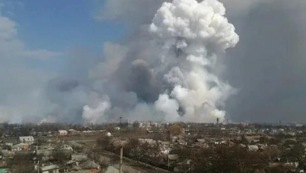 На складе боеприпасов произошел взрыв