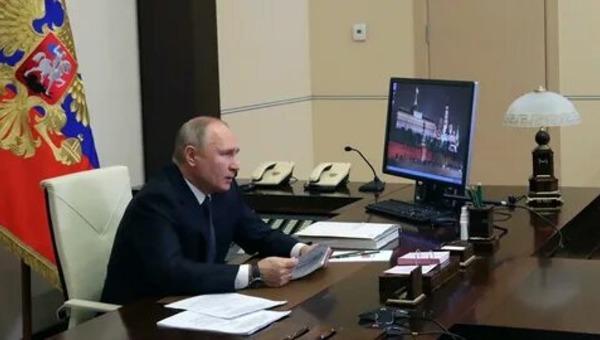 Президент заявил о двойном размере выплат под Новый год