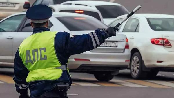До 15 тысяч рублей собираются поднять штраф за превышение скорости