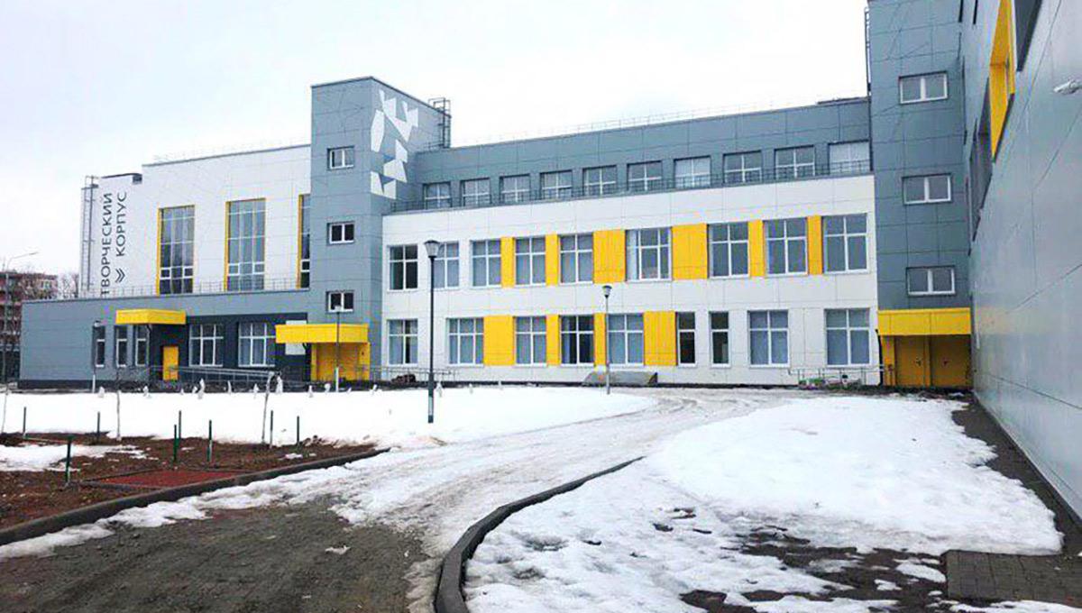 В школе-новостройке Серпухова замерзают дети
