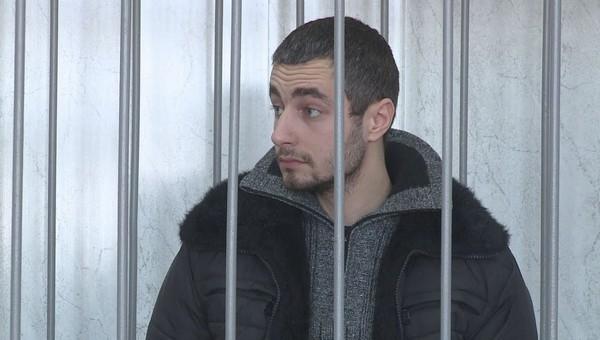Дмитрий Грачев, отрубивший жене руки, начал присылать ей деньги из колонии