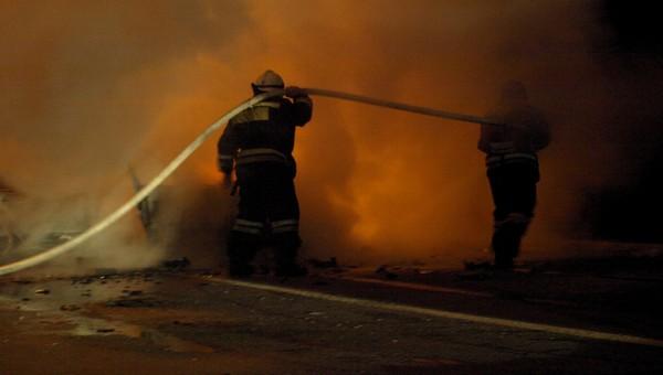 В пожаре погибла семья специалиста по пожарной безопасности