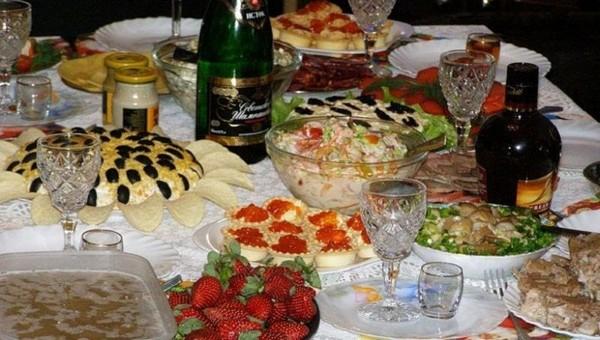 Какие продукты больше всего ударят по кошельку к Новому году