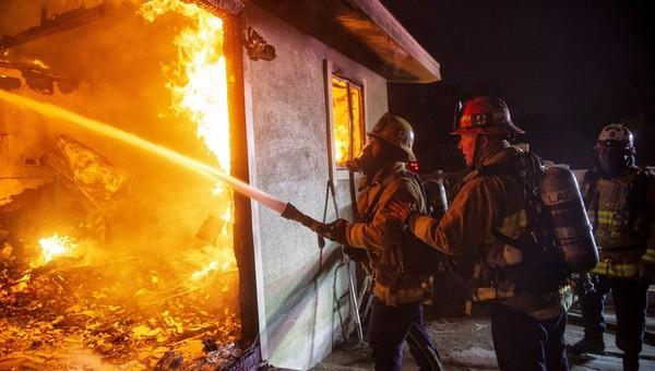 В Подмосковье пожарную бригаду обворовали на выезде