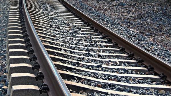 У погибшей под поездом девочки были проблемы со зрением