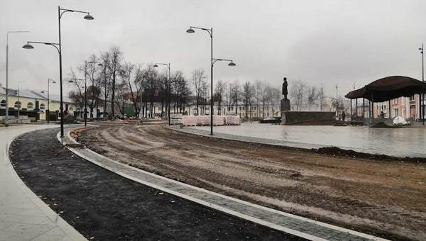 Когда площадь Ленина в Серпухове откроют для автомобилистов?