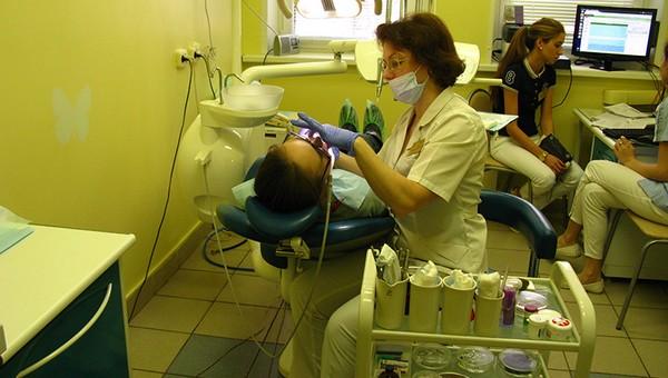В российских поликлиниках исчезнут стоматологические и психологические кабинеты