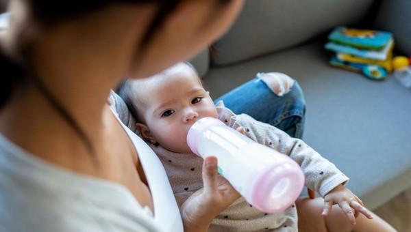 Привычная для молодых родителей процедура признана опасной
