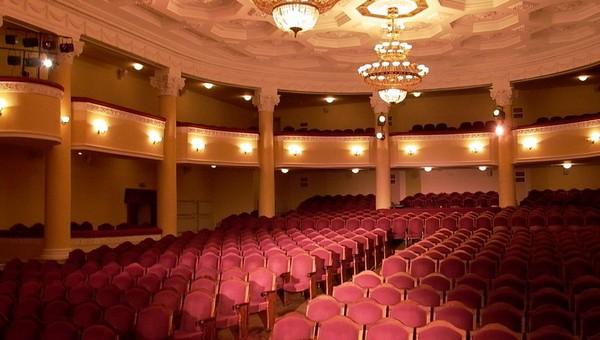 О врачах и любви расскажет новый спектакль серпуховского театра