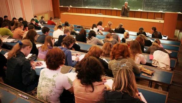 92 процента руководителей вузов — чиновники, депутаты и члены «Единой России»