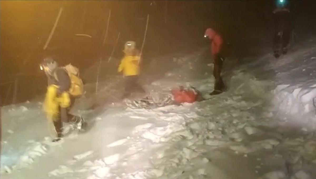 Пять российских туристов насмерть замерзли при восхождении на Эльбрус