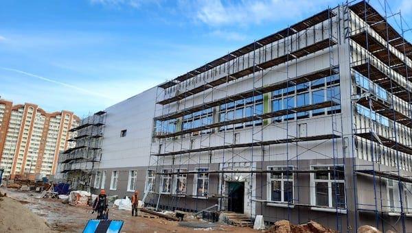 Министр Локтев подтвердил дату открытия новой школы в Серпухове