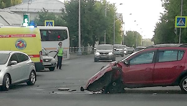 В районе Земляного моста произошло страшное ДТП
