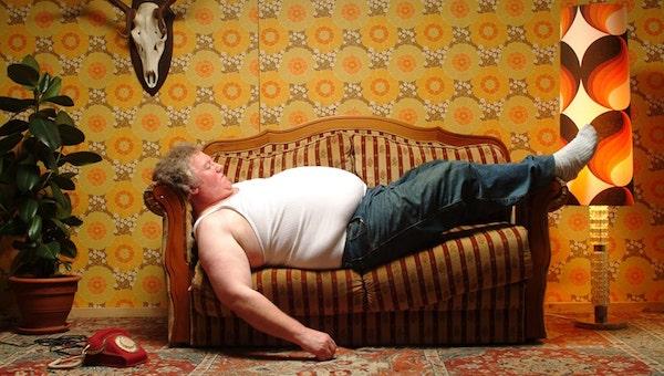 В Москве ищут испытателя... диванов с получкой 150 тысяч рублей