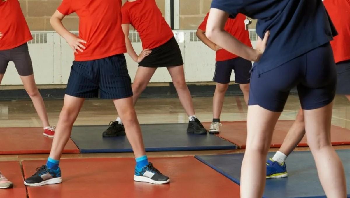 Учительницу физкультуры из российской школы обвиняют в лесбиянстве