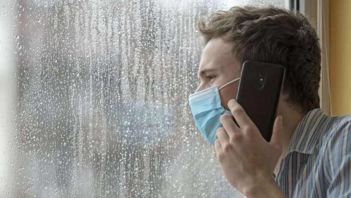 Удаленка, QR-коды, перенос каникул - в регионах вводятся новые меры по сдерживанию коронавируса