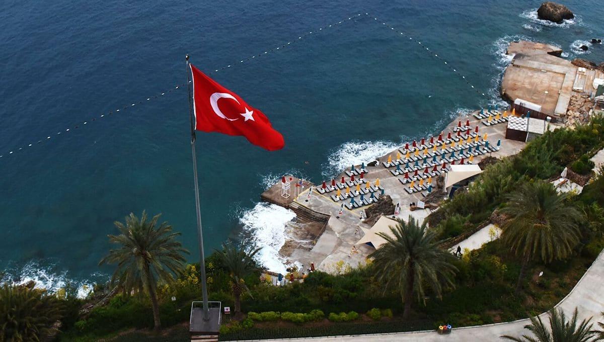 Настоятельно рекомендовано не летать в Турцию