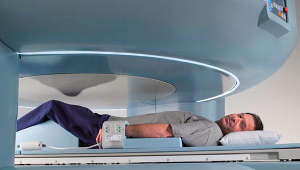 Как делается МРТ открытого типа в СПб?