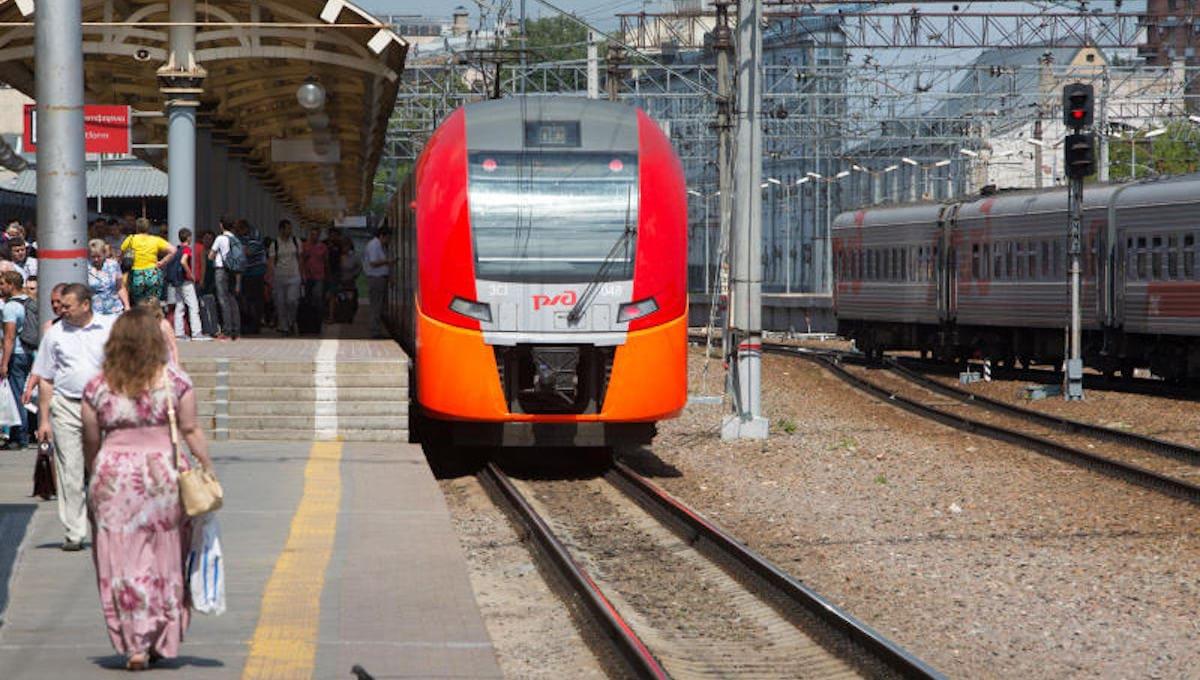 До конца апреля ограничивается движение поездов на центральном участке D2