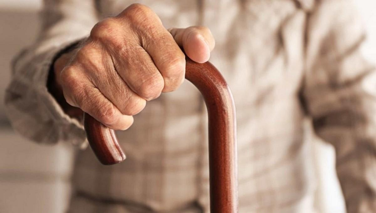 Старец насмерть забил молодого соседа в «красной зоне»