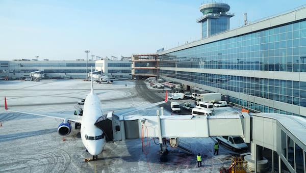 Пандемия вывела Россию в европейские лидеры по авиаперевозкам