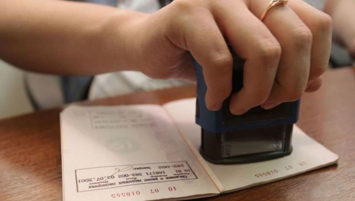 Прописаться можно будет без долгих визитов к паспортисткам
